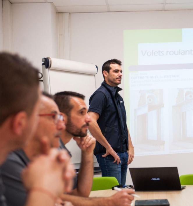 Repar´stores propose la formation gestion du temps à ses collaborateurs pour optimiser leur bien-être au travail.